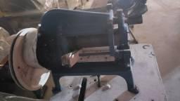 Maquina de cortar tira de couro