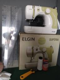 Máquina de costura Elgin superia
