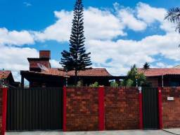 Excelente casa fora de condomínio em Gravatá, Bairro nobre, asfalto na porta