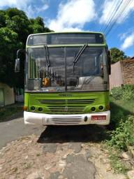 Vende-se ônibus 2006
