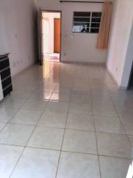 Alugo apartamento térreo perto do Supermercado Nossa Kasa no Valparaiso 2
