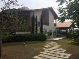 Casa em Condomínio com 5 quartos - Ref. GM-0099
