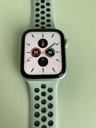 Apple Watch Series 4 Nike+ Cellular 44mm