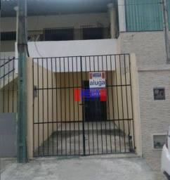 Casa com 3 suítes para alugar próximo à Av. Godofredo Maciel