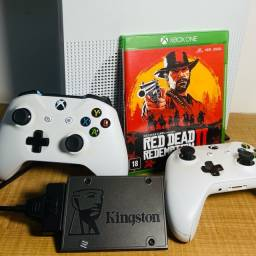Xbox One S (2 controles) + Red Dead Redemption 2 + SSD