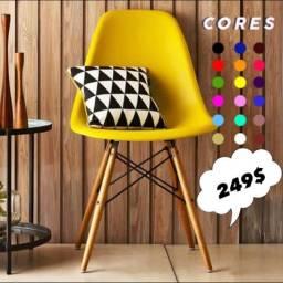 Cadeira colorida em promoção