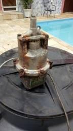 Bomba submersa