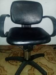 Cadeira de cabelereiro R$100,00