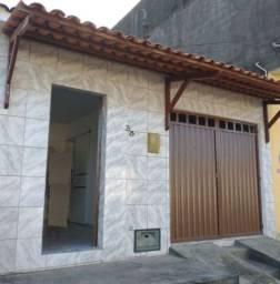 Casa para alugar (com garagem) - Santa Lúcia