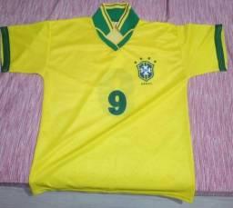 Camiseta antiga do Brasil