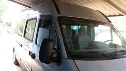 Oportunidade vendo van Renault Master ano 2009 L3H2 executiva - 2009