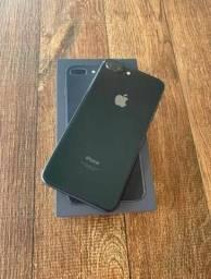 IPhone 8 Plus 64Gb *Aparelho de vitrine