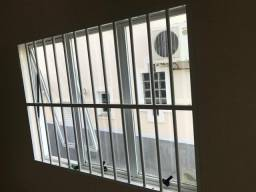 Alumínio: janela + grade 1,45 X 1,05 m