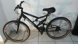 Bike renault preta novaaaaa!!