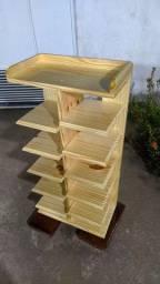 Sapateiro em madeira designe moderno