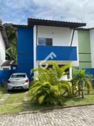 ABRANTES, Estrada do Coco! Casa em Condomínio, portaria 24h, com 4 quartos sendo 3 suítes.