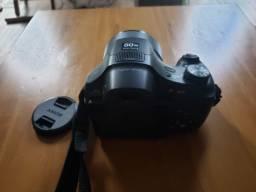 Câmera DSC-HX300 com zoom ótico de 50x