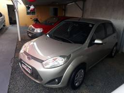 Ford fiesta sedan 1.6 completo flex