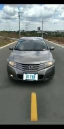 Honda City Automático + Central multimídia + Rodas Aro 17