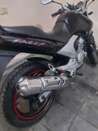 Yamaha fazer ys 250 ano 2008 . Moto impecável linda.