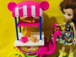 Lojinha da Bia - Boneca Enchantimals com acessórios