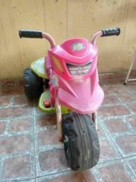 Moto de bateria rosa