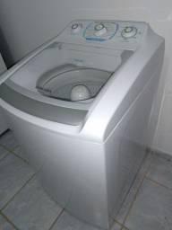 Máquina  de lavar  Eletrolux 10 kg.