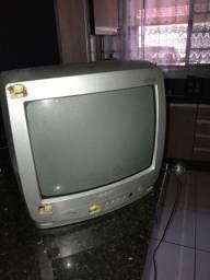 Estou doando tv