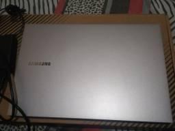 Notebook Samsung Book - E30
