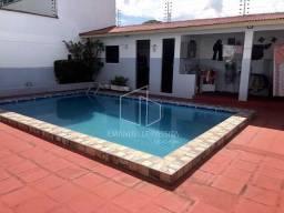 Excelente casa no Santos Dumont (Residencial ou Comercial)