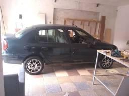 Clio / carro em dia