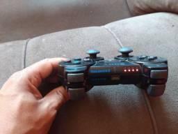 Vendo esse ps3 apenas cm 1  controle  bloqueado e vai cm 2 jogos