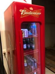 Cervejeira/geladeira Expositora Gelopar Budweiser
