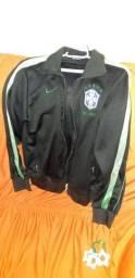 Jacketa Nike Brasil Seminova