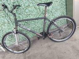 Bicicleta Caloi - alumínio , aro 26