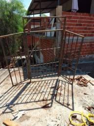 Portão em metalão  reforçado
