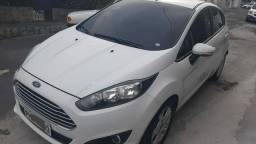 Fiesta 1.6 Power Shift Automático 2016