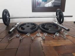 Halteres com 6 anilhas 5kg/cada