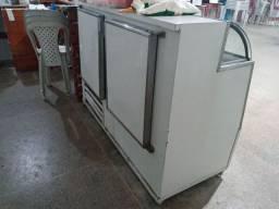 Vende-se freezer vitrine semi novo