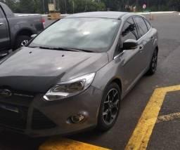 Ford focus sedan 2.0 titanium plus powershift
