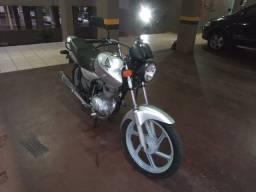 Vende-se Honda 150 ks