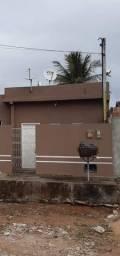Ótima casa em Parque dos Coqueiros