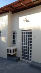 Aluga-se Apartamento no bairro Centenário . Contato _ *