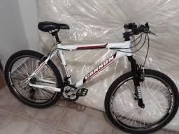 Bike Cannon, aro 26, usada