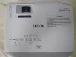 Projetor Epson modelo x-21