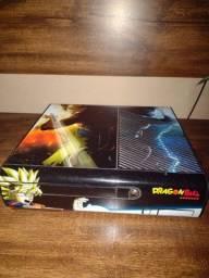 X box 360 com Kinect e 2 controles