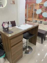 Aluguel de mesa para extensionista de unhas