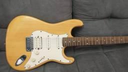 Guitarra strato Tagima Memphis