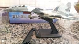 Caça Bombardeio SU-35 R$ 300,00