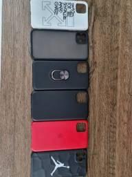 06 capas iPhone 11 Pro Max. O conjunto R$80,00